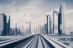 A Beautiful Hyperspeed Timelapse of Dubai Makes the City Look Like Futuristic World