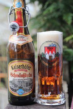 Das Kaiserhöfer Schmäußbräu der Kaiserhof-Bräu Kronach    www.kaiserhofbraeu.de  www.facebook.com/BierAusFranken