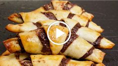 Simplify your dessert making by baking these scrumptious chocolate rugelach. Everything tastes better when you can save washing dishes. Check out this rugelach in a bag recipe! Brunch Recipes, Dessert Recipes, Dessert Ideas, Babka Recipe, Rugelach Recipe, Yeast Dough Recipe, Rugelach Cookies, Pudding, Jewish Recipes