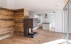 Moderne offene Küche meets Altholz Design