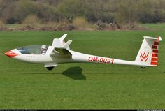Grob G-102 Astir CS-77 aircraft picture.  The first glider I ever flew with a retractable landing gear.