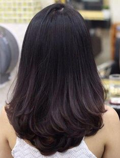 Super Ideas for hair layered long brunette Medium Hair Cuts, Medium Hair Styles, Curly Hair Styles, Thick Long Hair Styles, Short Styles, Haircuts Straight Hair, Layered Haircuts, Cute Medium Haircuts, Hairstyles Haircuts