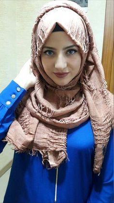 Beautiful Arab, Persian, Indian, and Muslim Women Beautiful Arab Women, Beautiful Girl Indian, Beautiful Hijab, Arab Girls Hijab, Muslim Girls, Hijabi Girl, Girl Hijab, Muslim Beauty, Arab Fashion
