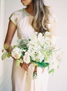 Pretty bouquet: http://www.stylemepretty.com/2012/08/16/parisian-wedding-from-rylee-hitchner-photography/ | Photography: Rylee Hitchner - http://www.ryleehitchnerblog.com/