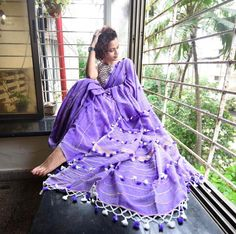 Saree and Blouse A Lush Lavender Garden Khesh Cotton Saree Indian Silk Sarees, Ethnic Sarees, Indian Dresses, Indian Outfits, Pakistani Outfits, Beautiful Saree, Beautiful Outfits, Saree Painting, Saree Poses