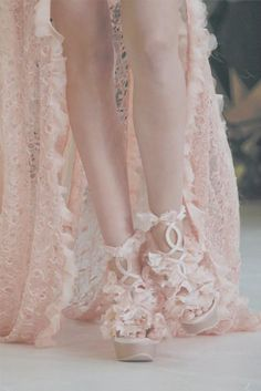 Peach lace and..... ohh the shoes x