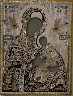 Кликните для закрытия картинки, нажмите и удерживайте для перемещения Medieval Embroidery, Beaded Embroidery, Religious Icons, Religious Art, Etnic Pattern, Monastery Icons, Russian Icons, Byzantine Icons, Gold Work