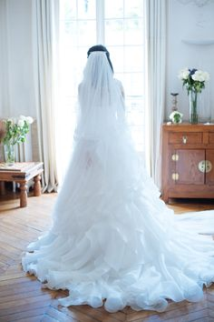 back wedding dress // robe de mariée dos ; skiss  ; bride ; train dress // robe avec traine  http://www.skiss.fr/