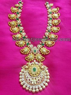 New Ideas For Jewerly Gold Necklace Middle Urban Jewelry, Real Gold Jewelry, Gold Jewellery Design, Beaded Jewelry, Simple Jewelry, Diamond Jewelry, India Jewelry, Temple Jewellery, Jewelry Patterns