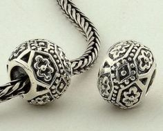 Sterling Silver Dot Flower Charms - Tibet Silver Charms - Charms - LYDIA JEWELLERY