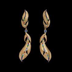 Серьги Colibri Желтое золото 750, Бриллианты, Сапфиры цветные, Тсавориты