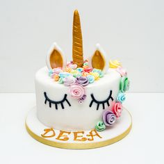 Tortul cu unicorn colorat se poate realiza la comanda. Tel comanda: (+4) 0754.010.310  (+4) 0740 102 656 Comenzi: L-D, 8:00-20.00