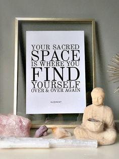 25 Ideas Yoga Room Ideas Zen Space Namaste For 2020 Meditation Corner, Meditation Room Decor, Meditation Cushion, Meditation Space, Meditation Music, Meditation Altar, Mindfullness Meditation, Yoga Room Decor, Relaxation Room