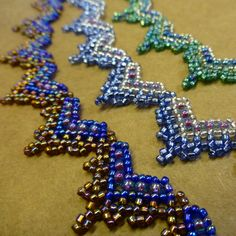 Hearts Necklace Beadwork Pattern/Tutorial. £3.50, via Etsy.