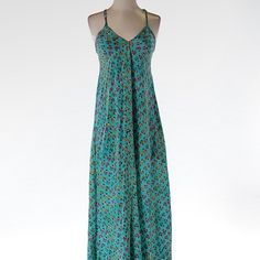 Anthropologie Tolani Silk Floral Maxi Dress This beautiful maxi dress is floor length and made of 100% silk. Tolani is sold Anthropologie and has beautiful pieces, although I'm not sure if this specific dress sold there. It is BRAND NEW WITH TAGS and retails for $175. Anthropologie Dresses Midi