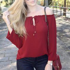blusa ombro a ombro crepe vinho