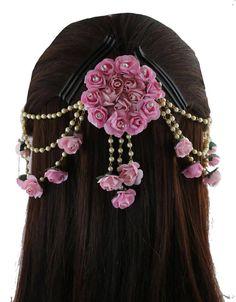 Hair Jewelry, Jewelry Art, Bridal Jewelry, Jewelry Sketch, Fashion Jewelry, Jewelry Rings, Silver Jewelry, Flower Jewellery For Mehndi, Flower Jewelry