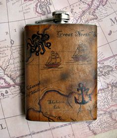 ohhhhhhhh,. Great Idea for Guests to take home. Flask with a Pirate treasure map - One of a kind