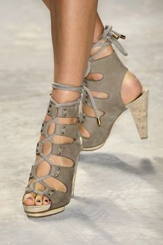 313aa95002cb5 42 Best Irresistible Shoes images in 2019