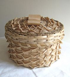 TWISTS basket - all natural color- By Rocky KEEZER