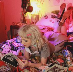 Behind The Scenes: My Kinderwhore Shoot With Travis Blue photo - Buzznet