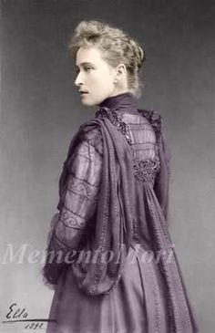 Ella 1892. Alix's  sister.