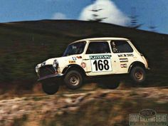 Mornin Miniacs, it's time to get some AIR with this week's Sunday Screaming opener! Have a great day folks