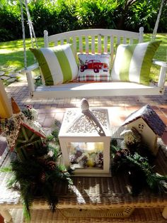Ash Tree Cottage: Beef Stew, Christmas Decor and a Mouse!