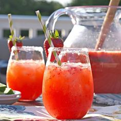 Strawberry Margarita Punch is my new favorite party drink! SO easy to make for a crowd. Delcious!