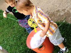 Toddler Exploration - Bubble Bonanza! (sensory play for toddlers) Main Library, Sensory Play, Toddlers, Bubbles, Learning, Young Children, Little Boys, Studying, Teaching