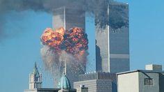 Exploze paliva v letadle, které narazilo do Světového obchodního střediska.