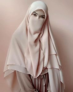 Hijab Dp, Hijab Niqab, Modest Dresses Casual, Casual Hijab Outfit, Beautiful Muslim Women, Beautiful Hijab, Islamic Fashion, Muslim Fashion, Niqab Fashion