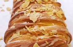 Treccia svedese alle mele Sausage, Food, Sausages, Essen, Meals, Yemek, Eten, Chinese Sausage