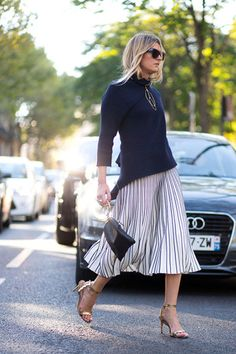 Blue sweater + pleated skirt  [#streetstyle]