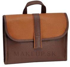 MAKEUP   Pánska kozmetická taška-organizér, hnedá - Avon - nakupujte s dopravou po celom Slovensku Avon, Leather Backpack, Backpacks, Makeup, Prints, Bags, Fashion, Maquillaje, Handbags