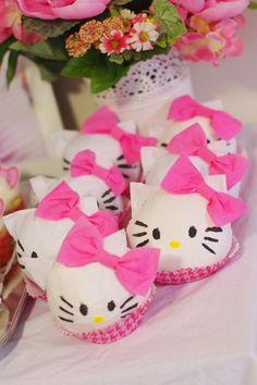Hello Kitty surprise balls