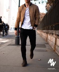 Pin by jack on fashion in 2019 moda casual masculina, moda juvenil hombre, Stylish Mens Outfits, Mens Fall Outfits, Simple Casual Outfits, Stylish Clothes, Herren Outfit, Mens Fashion Suits, Classy Mens Fashion, Fashion Guys, Fashion 2018