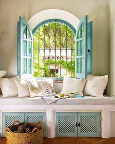 Decoracion Hogar Blanco y azul vedoso, genial para un rincón especial.