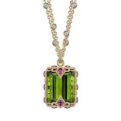 A hundred carats #peridot 💚  #dropdeadgorgeous  #ericacourtney #jewelrystateofmind  #lovegold #luxury #luxurybyjck #jewelry #jewelrydesign #jewels #diamonds #love #finejewelry