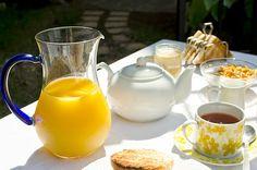 English breakfast in the garden - Desayuno inglés en el jardín
