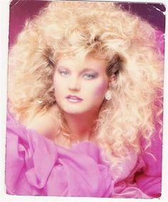 Best Fashion Look : Huge hair glamor shot. 80s Big Hair, 1980s Hair, Eighties Hair, 1980s Glamour, Pekinese, Nostalgia, Glamour Shots, Glam Girl, Crazy Hair