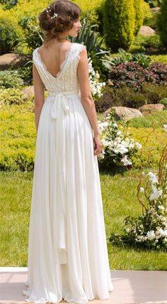 Hanmade Bohemian Wedding Dress Handmade Sexy V-neck Bridal Gowns Evening Dress Prom Gown on Luulla