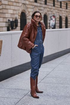 New York Fashion Week Fall 2019 Attendees Pictures - Livingly Uk Fashion, New York Fashion, Fashion Outfits, Easy Style, Autumn Street Style, Cool Street Fashion, Autumn Winter Fashion, Winter Outfits, Style Inspiration