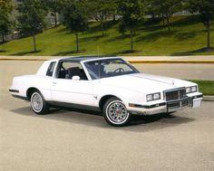 #Pontiac #GrandPrix #GBody #GBOTM