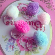 Pom Pom rings - Pretty Little Cupcakes