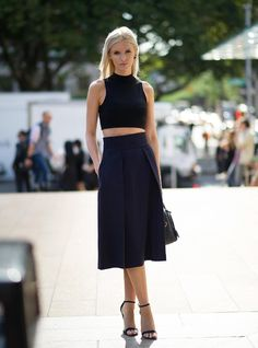 how to wear a crop top: Kate Davidson Hudson (image : nymag)