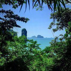 #aonang #krabi #limestone #islands #monkeytrail by tolehtreb.navi