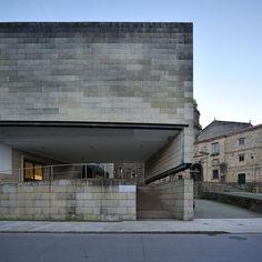 Alvaro Siza, Centro Galego de Arte contemporanea, Santiago ...