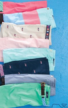 Vineyard Vines Preppy Shorts - Every Day Should Feel This Good. Fashion Showroom, Ivy Style, Preppy Mens Fashion, Prep Style, Warm Weather Outfits, Herren Outfit, J Crew Men, Well Dressed Men, Southern Prep