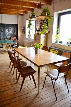 Office Conference Room, Dining Table, Interior Design, Furniture, Home Decor, Design Interiors, Homemade Home Decor, Diner Table, Home Interior Design